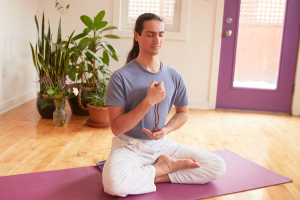 Learn to Meditate - Toronto Sivananda Yoga Centre