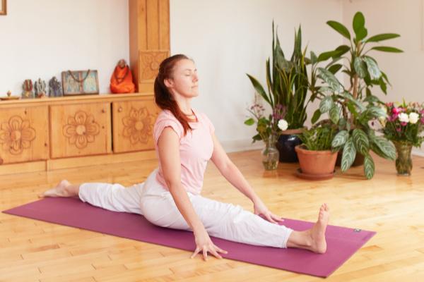 Yoga Splits - Toronto Sivananda Yoga Centre