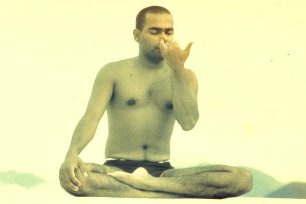 swami vishnu devananda pranayama